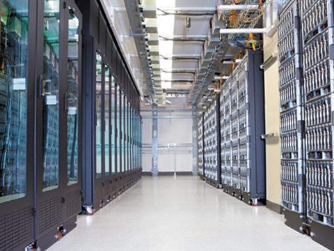 采用模块化数据中心方案打造高密